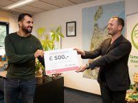 Global Goals-cheque voor hulpverlener (en jongerenwerker) Ali Choukair